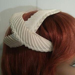 Vintage Ribboned Off White Headband